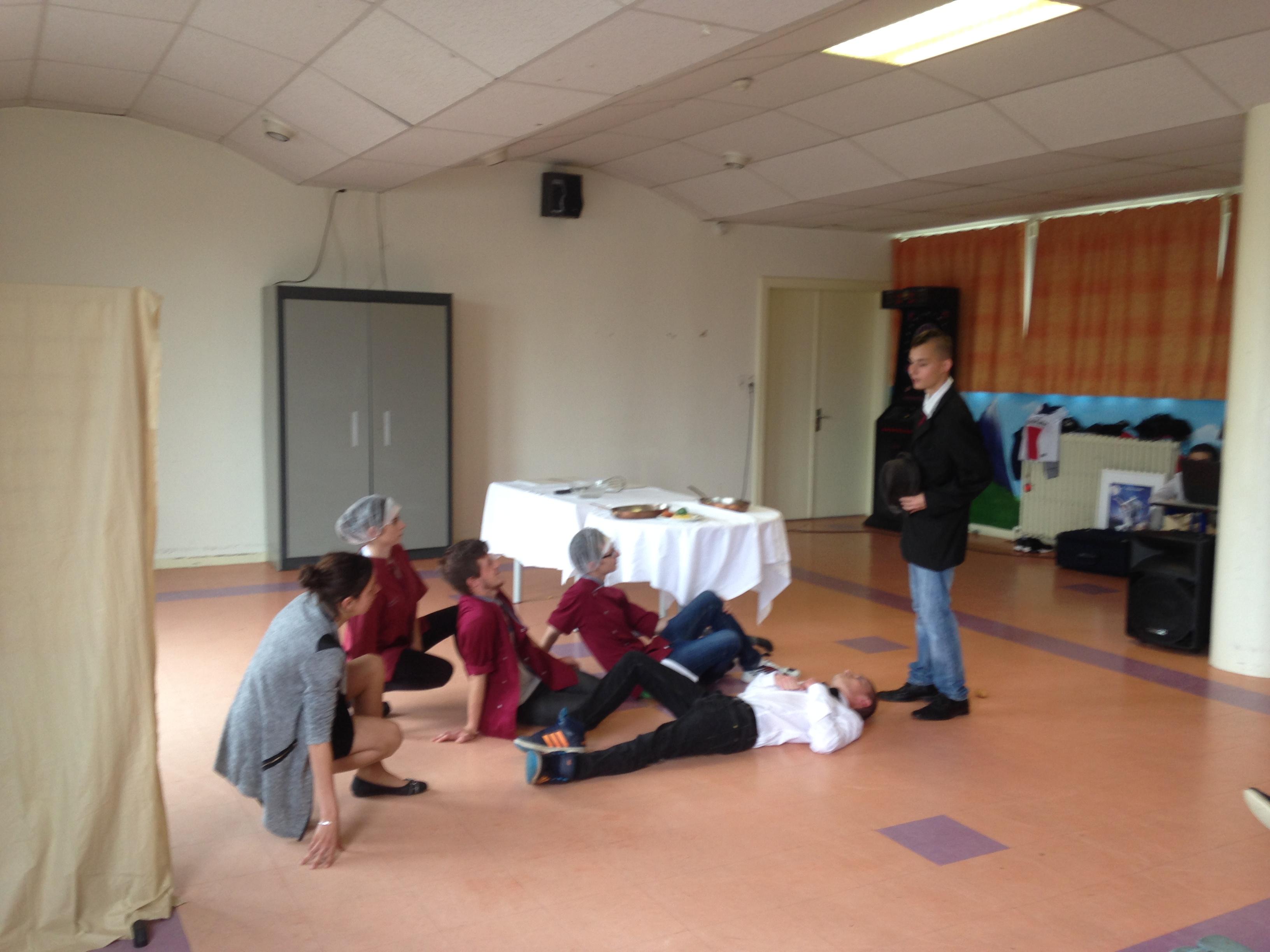 Pièce de théâtre des élèves CAP Restauration