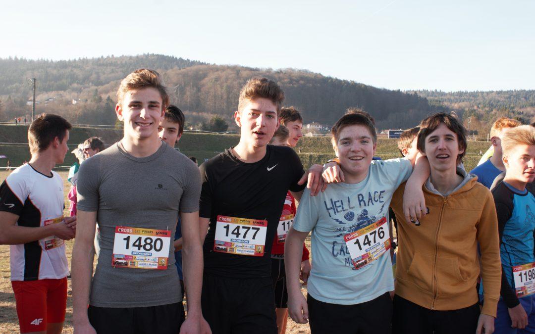 L'équipe du lycée 2° des Vosges lors du cross départemental